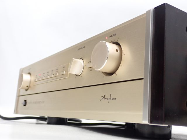 Accuphase プリアンプ/コントロールアンプ C-202 アキュフェーズ ∀ 608C1-2