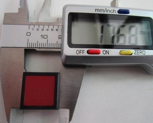 ☆タクトボタンスイッチ□×□=赤 3個セット プッシュON タイプ【 未使用/通電チェック無し】スイッチの日開 電子部品_画像2