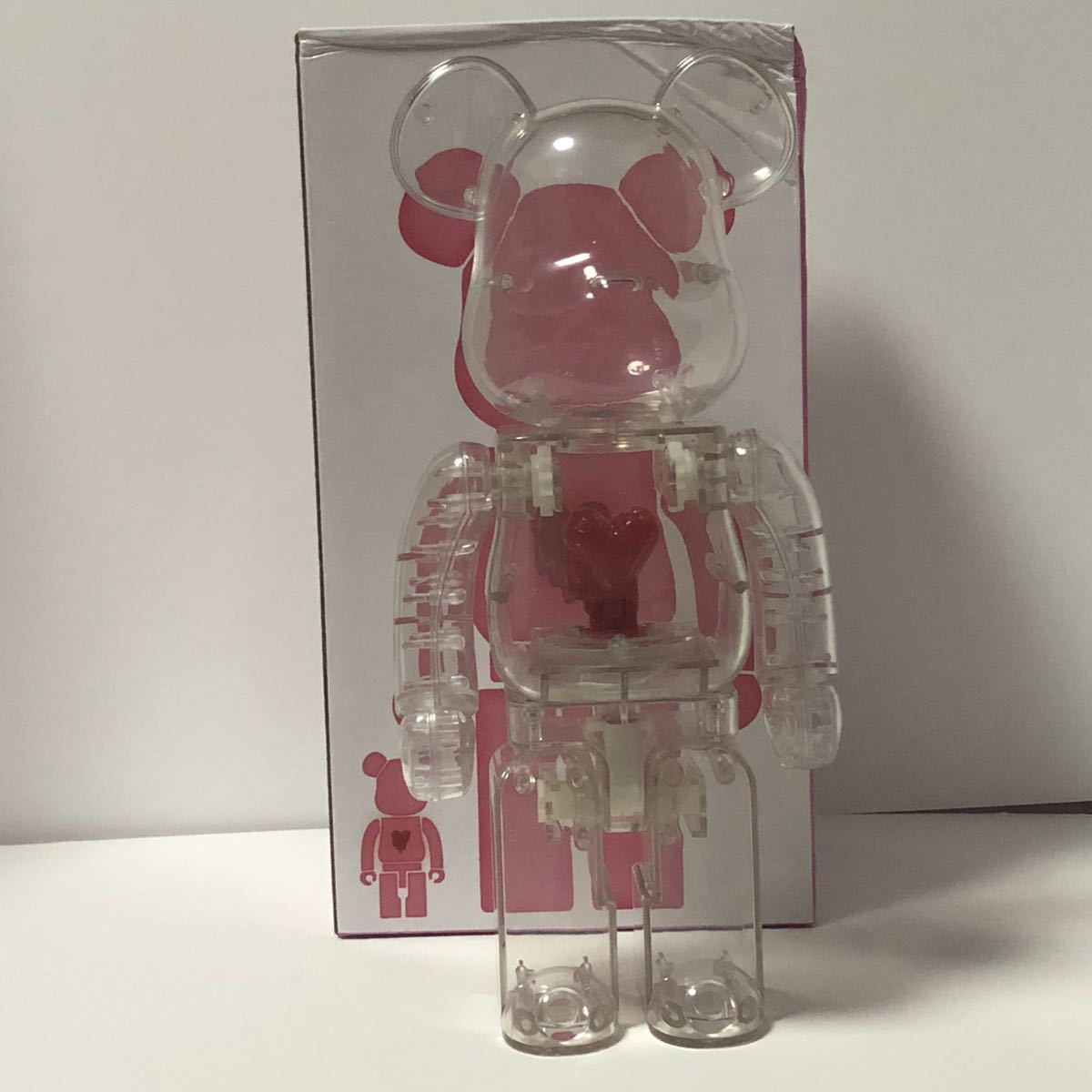 Bearbrick x Emotionally Unavailable Red Heart 400% Clear クリア 透明 ベアブリック BE@RBRICK _画像1