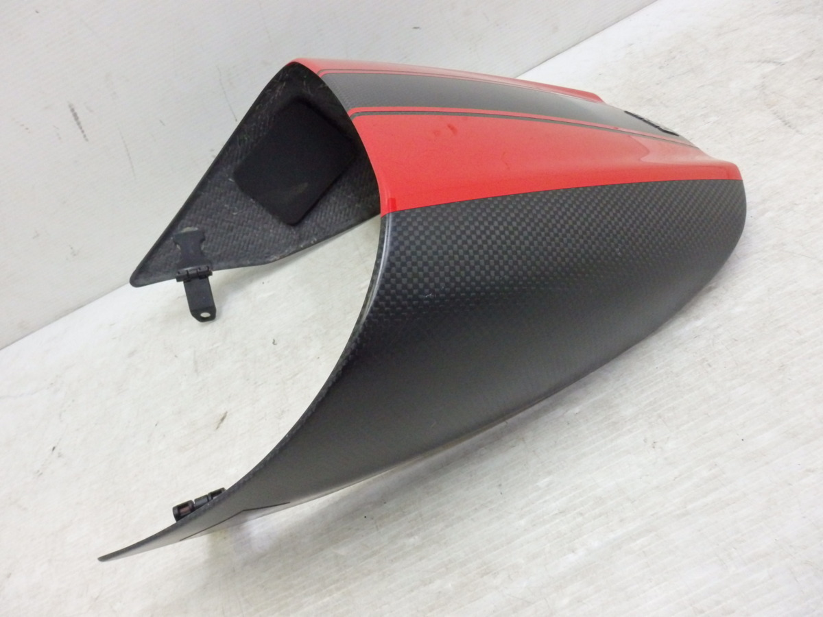 ドゥカティ ディアベル 11-18 純正 オプション シングルシート カウル カバー ドライカーボン 迅速出荷 【U524】_画像1