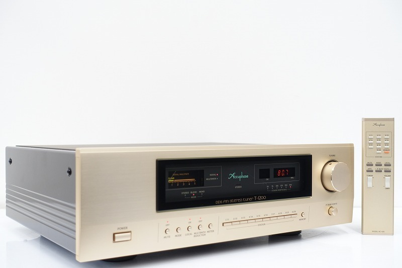 ■□Accuphase T-1200 FMチューナー アキュフェーズ 元箱付□■008155003m□■