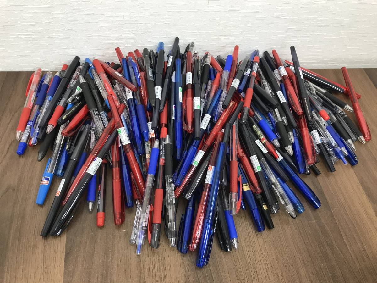 M993【1円スタート】ボールペン 大量まとめ ■200本 赤 黒 青 パイロット PILOT uni ZEBR