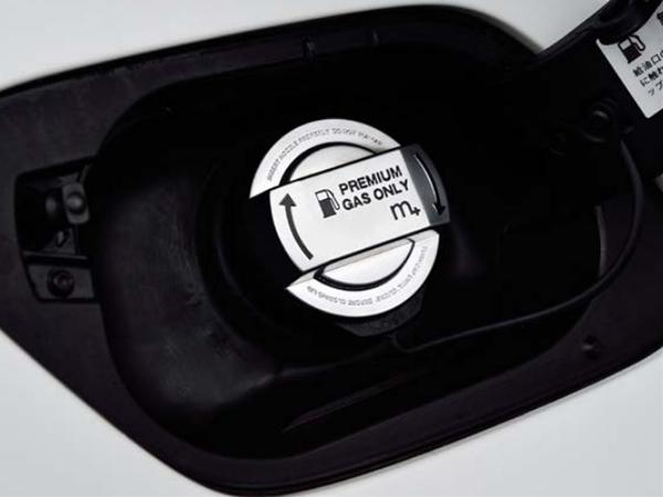 【M's】各種 VW/m+ フューエルキャップカバー(クローム/ブラック)//ゴルフ7 ゴルフ6 ゴルフ5 ゴルフ4 トゥーラン ティグアン シャラン_画像2