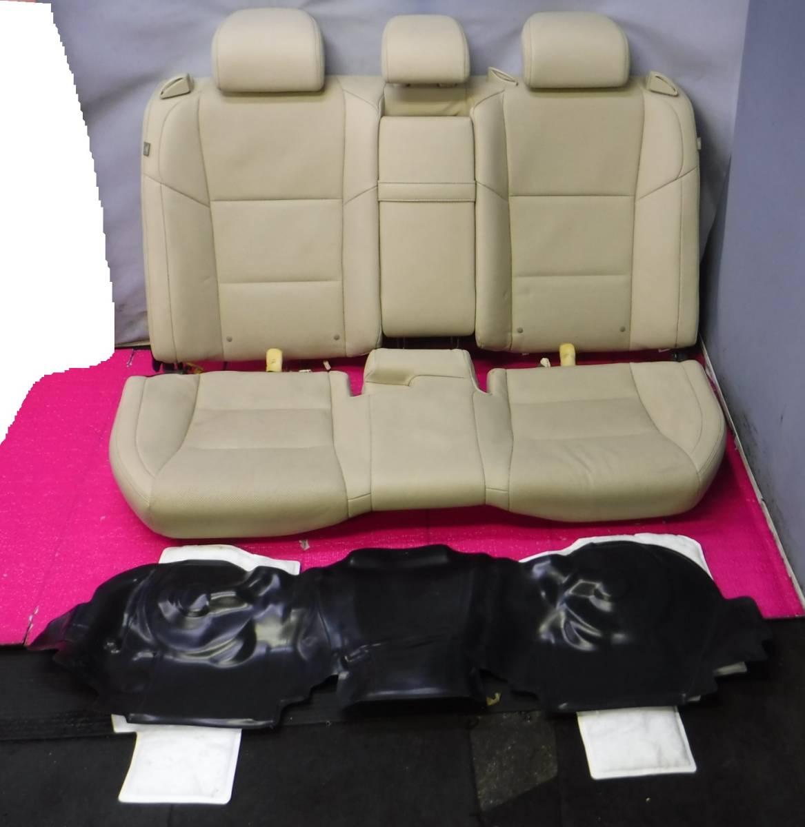 レクサス GS GWL10 レザー シート 1台分 インフレーター欠品 運転席 助手席 後部座席 ドライバーズ アシスタント リア _画像1枚目と2枚目が商品です。