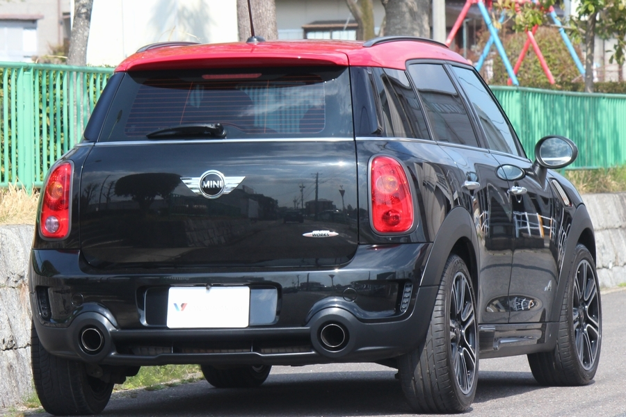 「【極美車・JCW専用装備】R60/BMW MINI ジョンクーパーワークス クロスオーバー オール4/ディスプレイオーディオ/Bカメラ/Bluetooth」の画像2
