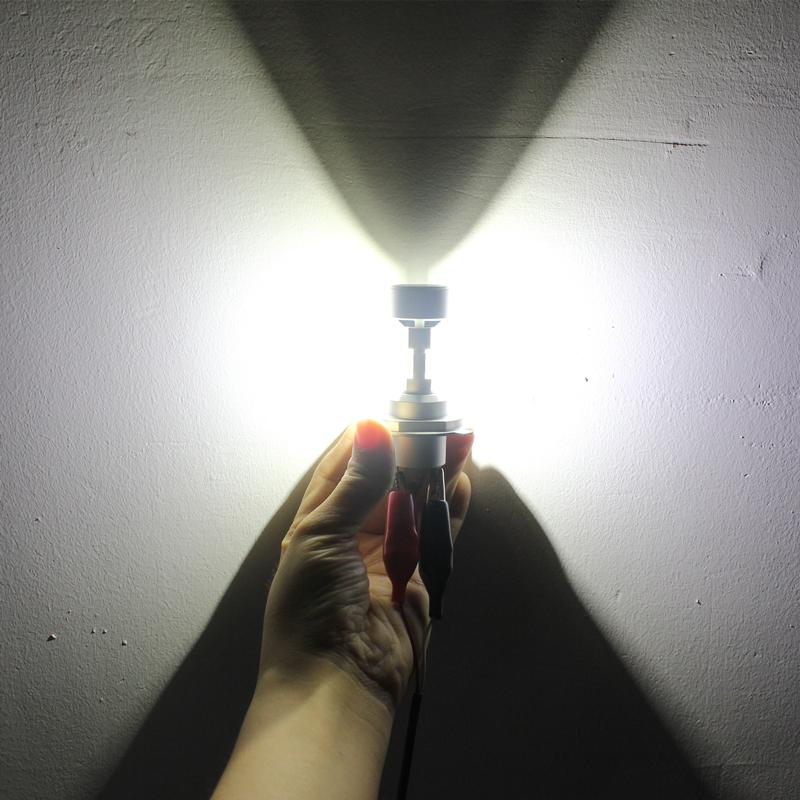 CBX400/CB750/CBR900RR CB1300/CB400 LEDヘッドライト H4スリム 6000LM Hi/Lo車検対応 ワンタッチ式取付 フュージョンVFR400 _LOビーム点灯時