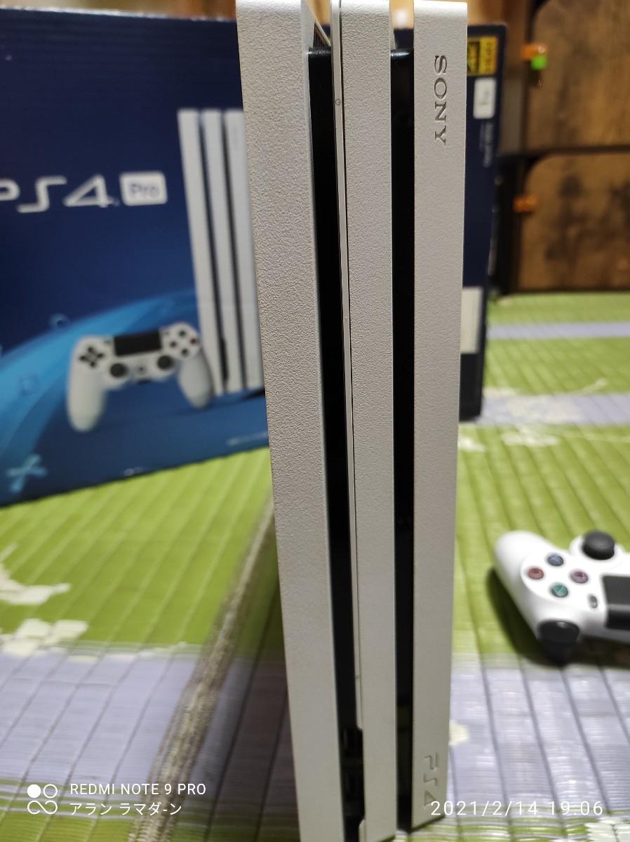 PS4本体 PS4 Pro 1TB CUH7200B