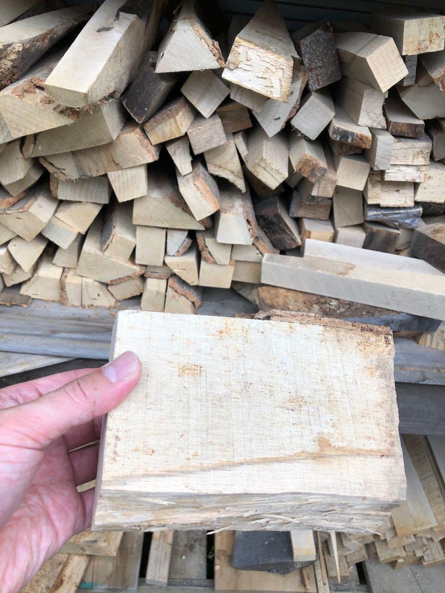 薪ストーブや焚き火に最適 樫薪20kg