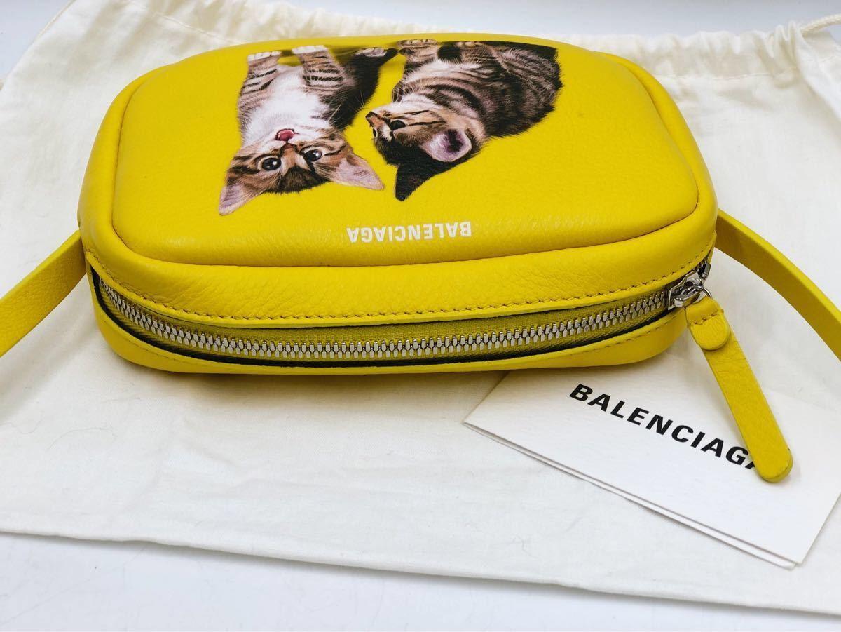 美品 BALENCIAGA バレンシアガ 可愛い ショルダーバッグ 斜め掛け EVERYDAY CAMERA BAG XS エブリデイカメラバッグ キャット 猫 イエロー _画像5