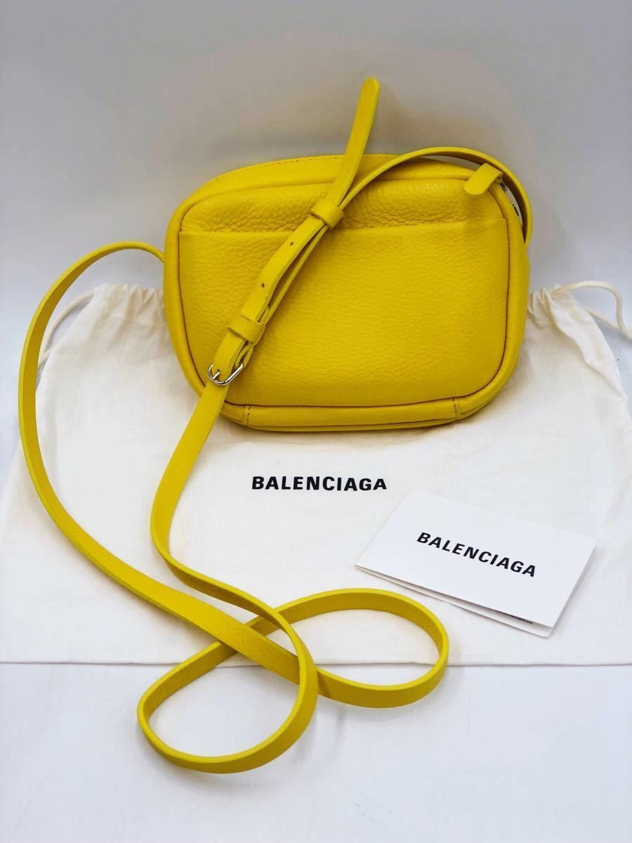 美品 BALENCIAGA バレンシアガ 可愛い ショルダーバッグ 斜め掛け EVERYDAY CAMERA BAG XS エブリデイカメラバッグ キャット 猫 イエロー _画像4