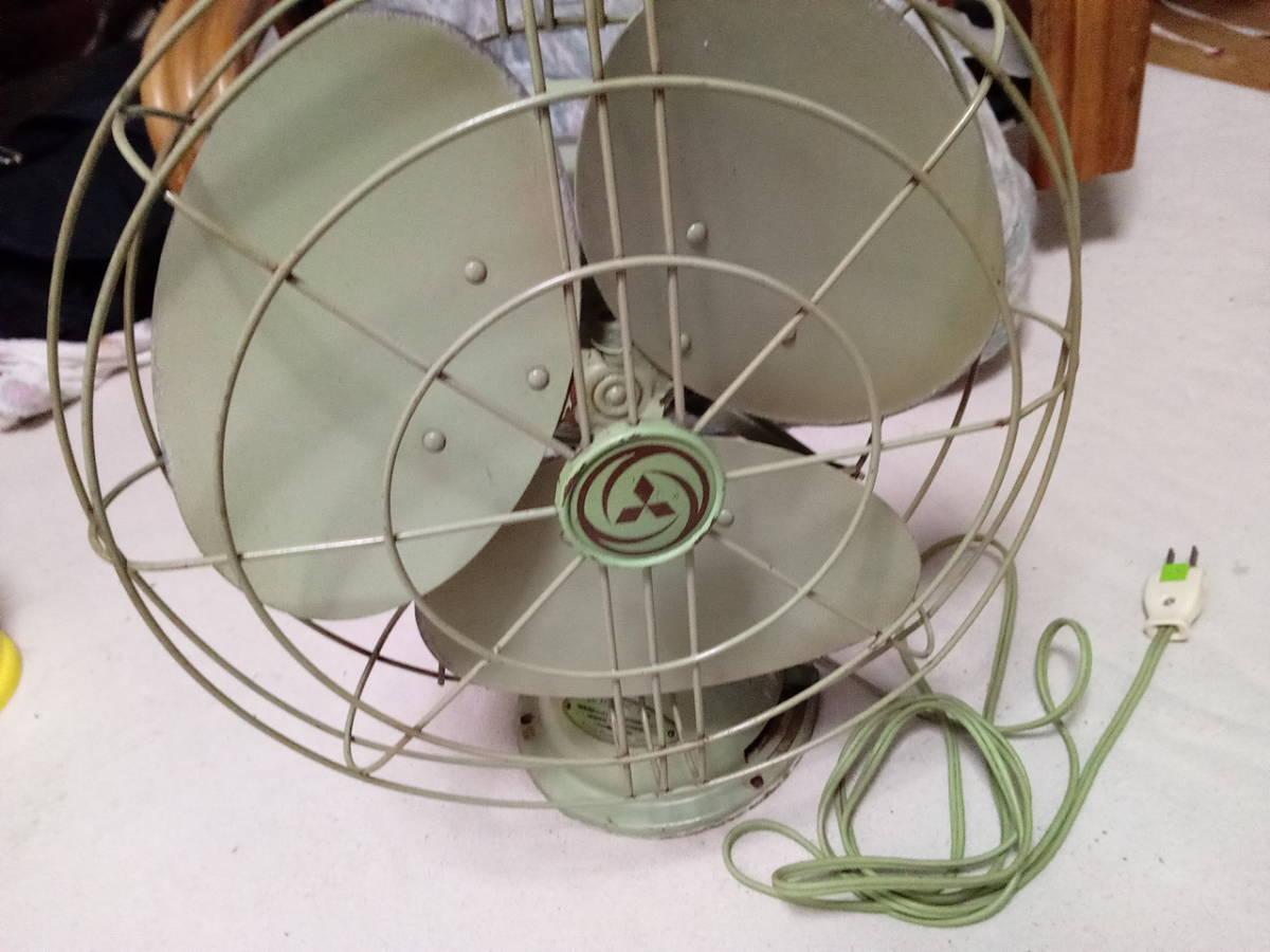 風量・首振り動作品 扇風機 三菱 エレクトリックファン 3枚羽 昭和レトロ インテリア アンティーク _画像2