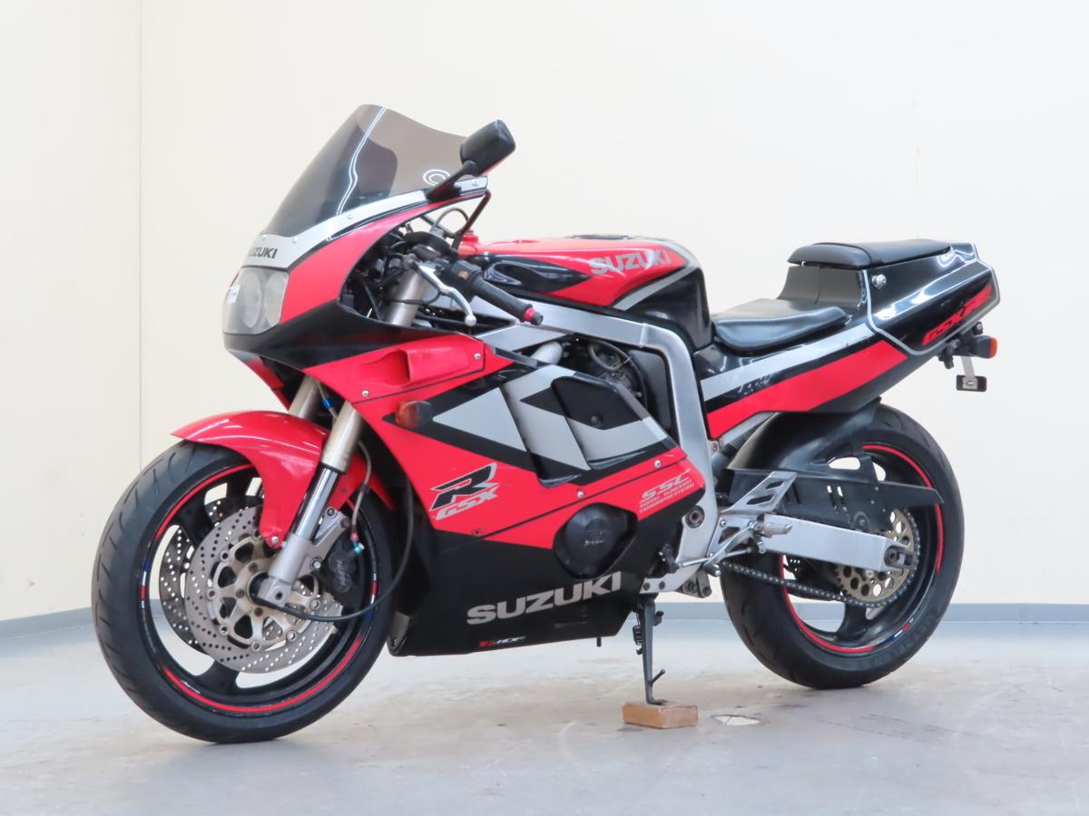 「特別出品!! スズキ GSX-R400R 【動画有】ローン可 車検残有 2022年11月まで GK76A 400cc マフラー改 SUZUKI 売り切り」の画像3