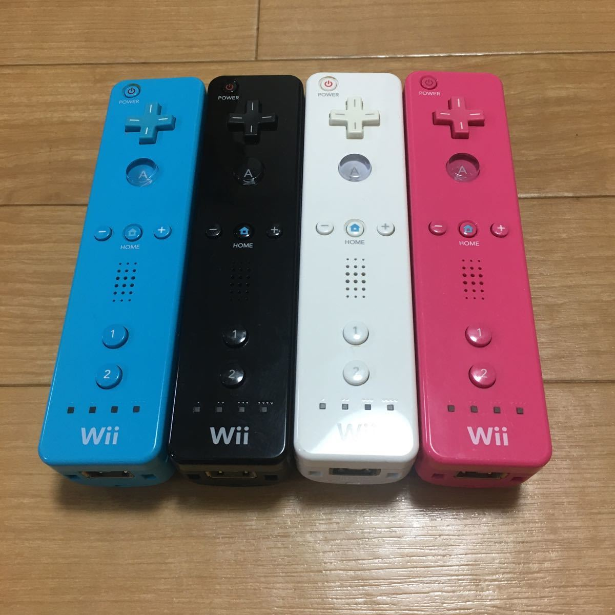 Wiiリモコン 4本セット 動作確認済み 任天堂 Nintendo Wii コントローラ