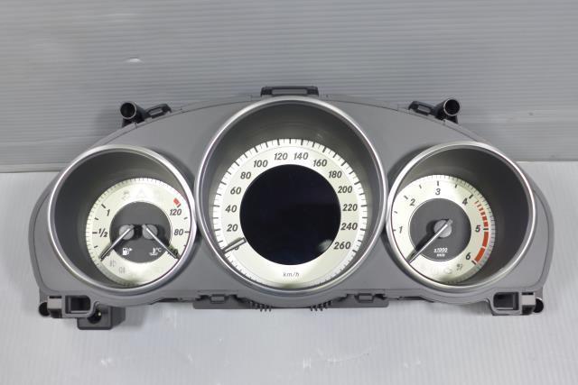 ベンツ Eクラス LDA-212026C スピードメーター 149 VDO A2129000825 E350 W212 AMG 後期 1kurudepa=20-7-42_画像1