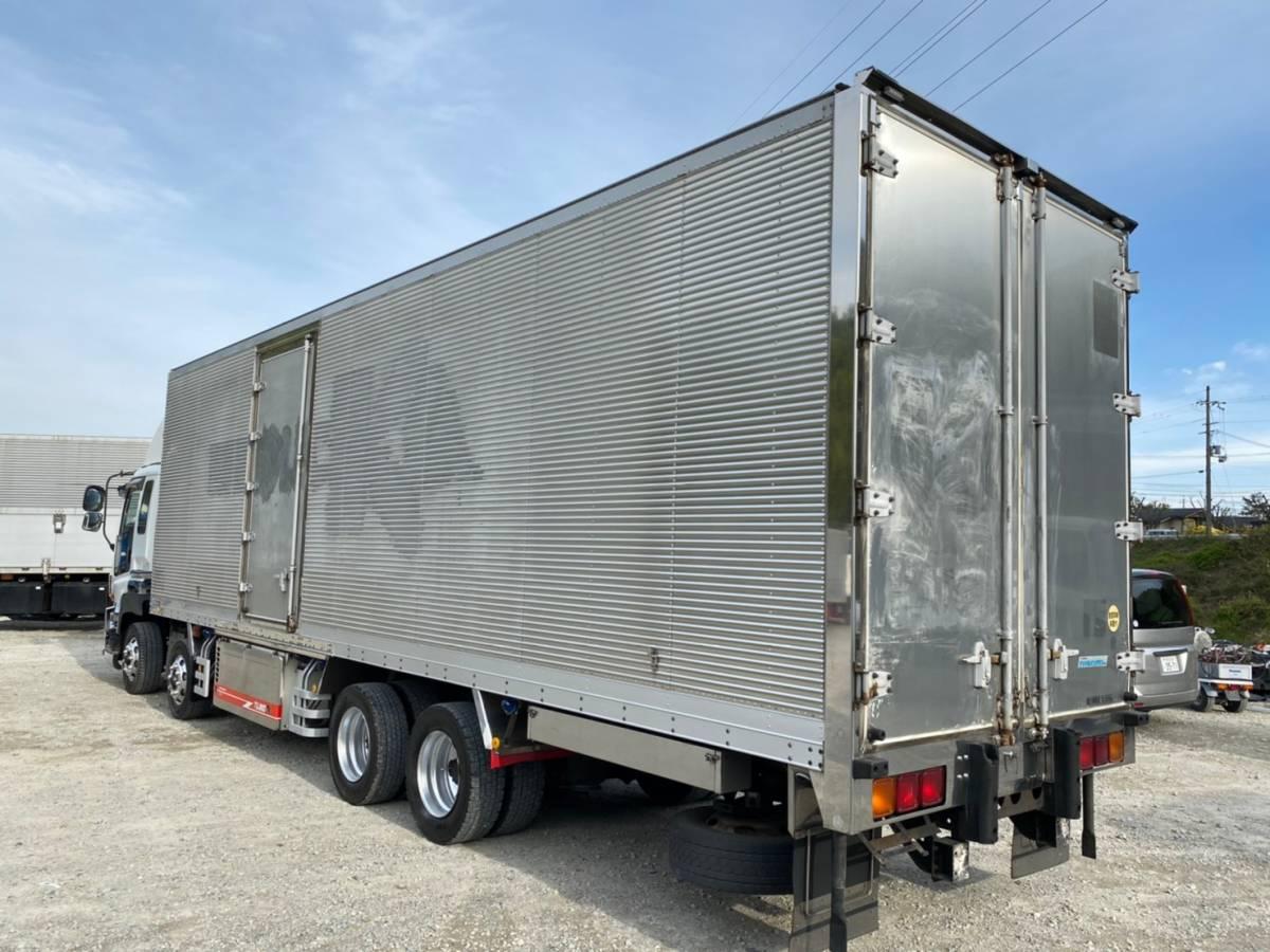 「4軸低床大型冷凍車★TUJ80サブエンジン式ジョルダーキーストン」の画像2