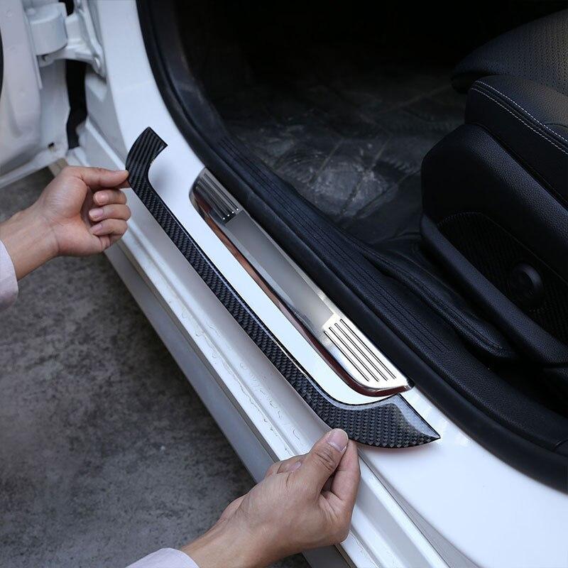 メルセデス ベンツCクラスW205 C180 16-19リアルカーボンファイバー車外ドア敷居プロテクタープレートカバー3Dステッカー_画像3