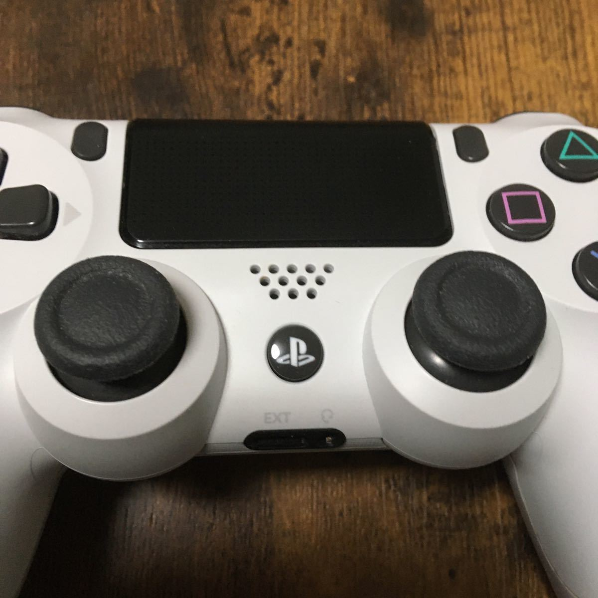 PlayStation4 Pro PS4 1TB CUH-7200B B02 Glacier white グレイシャーホワイト