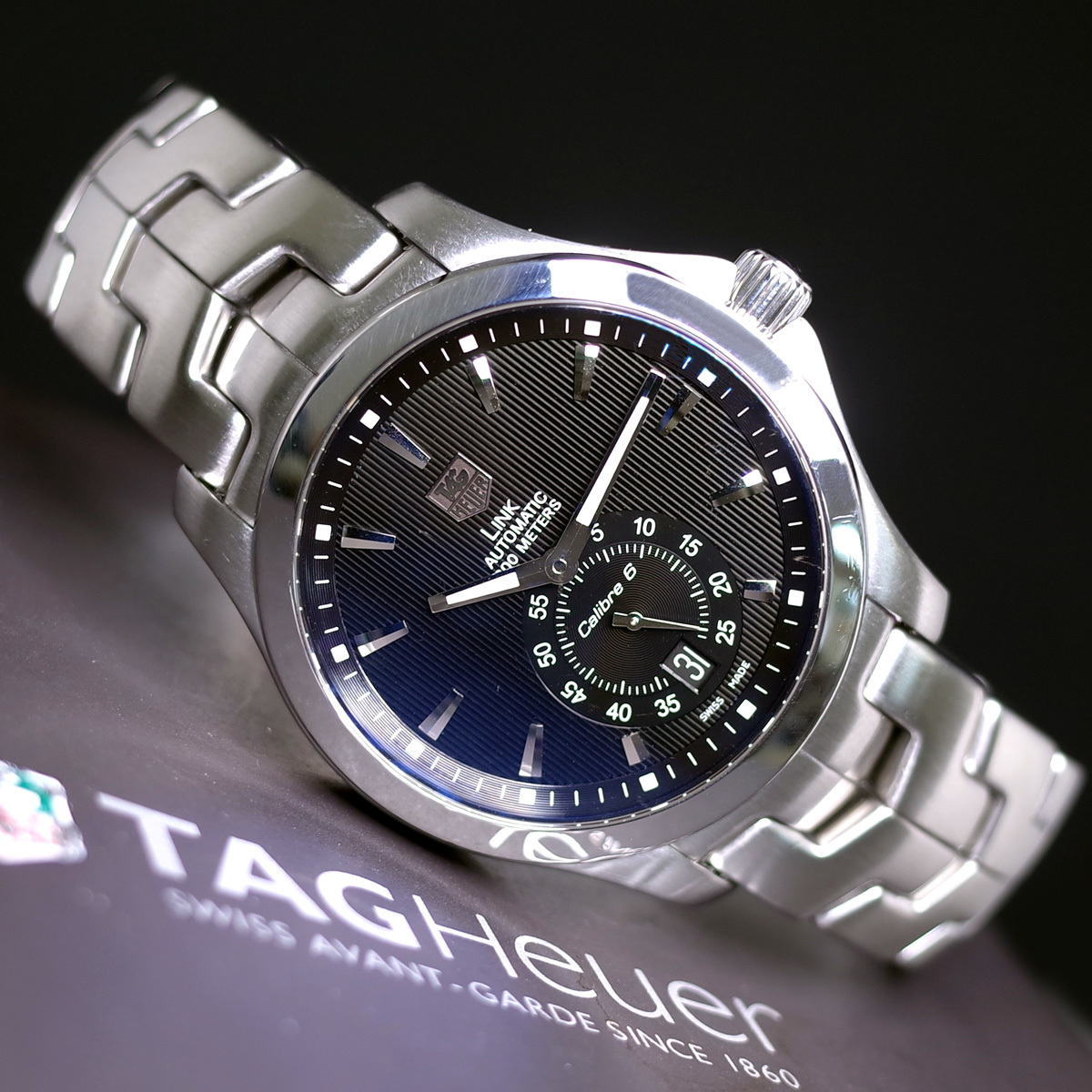 1年保証♪タグホイヤー【リンク】キャリバー6 WJF211A 自動巻 黒文字盤 ブラック ブレスレット 箱 メンズ 腕時計 TAG HEUER_画像1