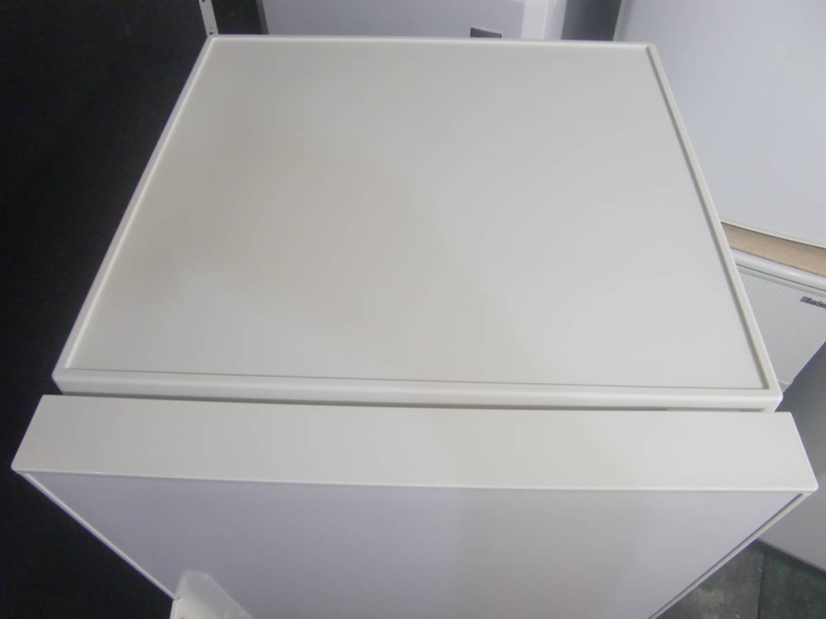●◇2ドア冷凍冷蔵庫 137L 無印良品 AMJ-14D 2018年製 良品 中古 小型 右開き 家電 一人暮らし用 お部屋まで搬入 送料無料 即決 1327_画像2