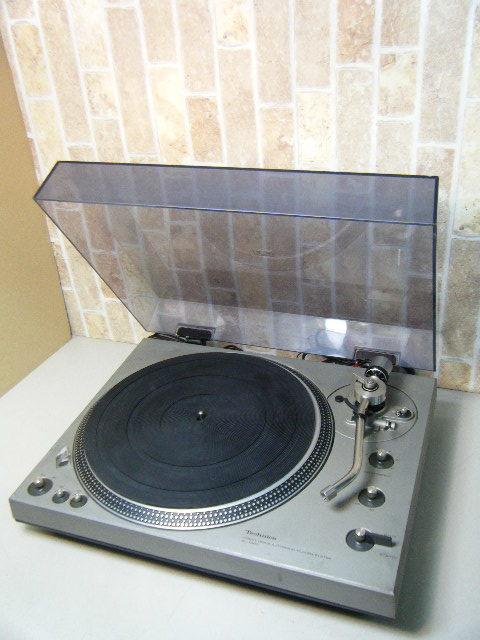 3み84▼Technics ターンテーブル【SL-1300】ダイレクトドライブ レコードプレーヤー オーディオ機器 テクニクス