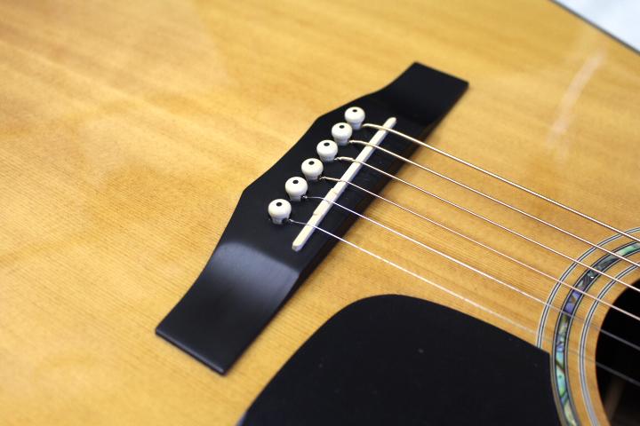 店頭展示品特価 Morris(モーリス) / M-51 NAT アコースティックギター おまけ付き!! ※全国送料無料(一部地域は除きます。)_画像7