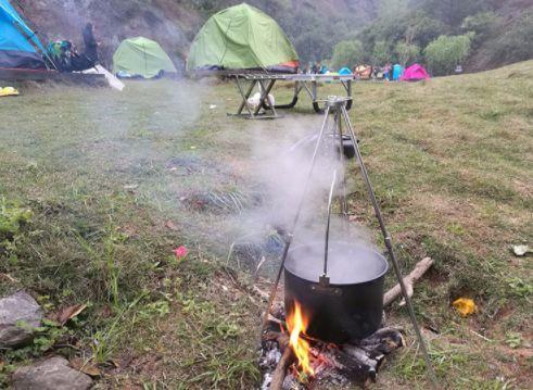 トライポッド 焚き火 三脚 折りたたみ 式 キャンプ 用品 ソロキャンプ アウトドア バーベキュー BBQ ランタン 掛け 蚊取り線香 掛け