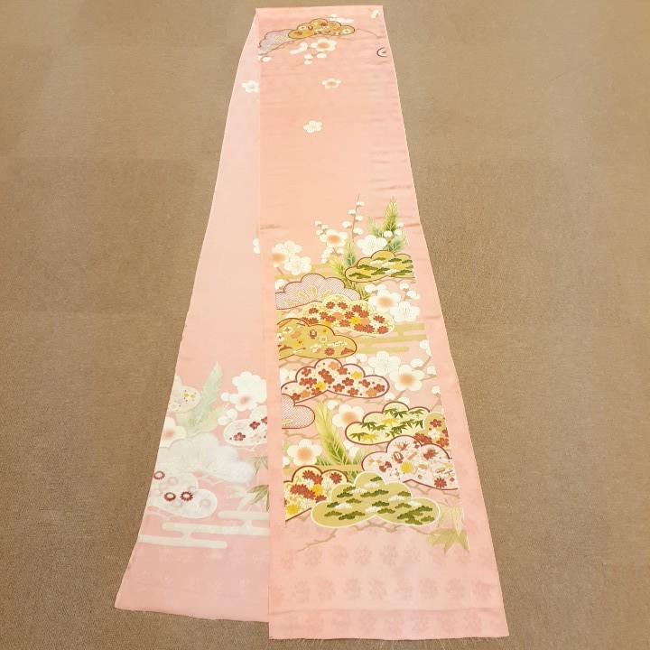 正絹 52061 オレンジ系のピンク 花柄 シルク はぎれ ハギレ リメイク ハンドメイド