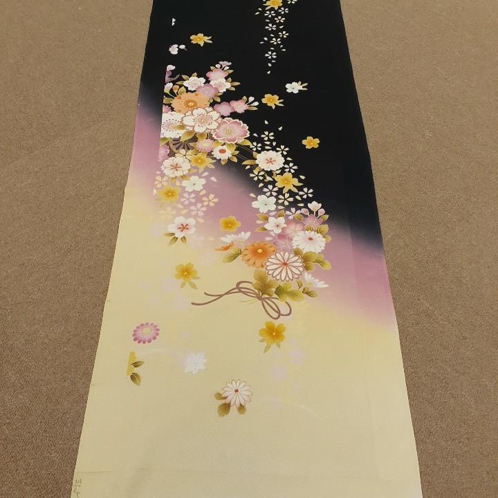 正絹 53128 黒色 クリーム色 桜 ぼかし シルク 170cm はぎれ ハギレ リメイク ハンドメイド