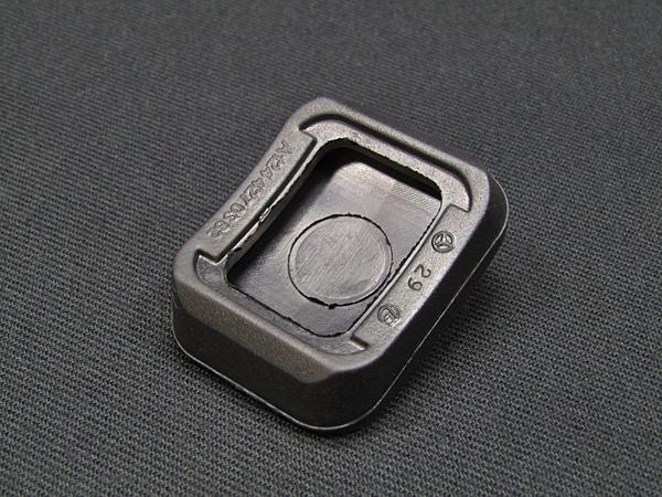 ☆在庫処分 ベンツ純正品 サイドブレーキペダルゴムカバー(A1244270382)W124_画像2