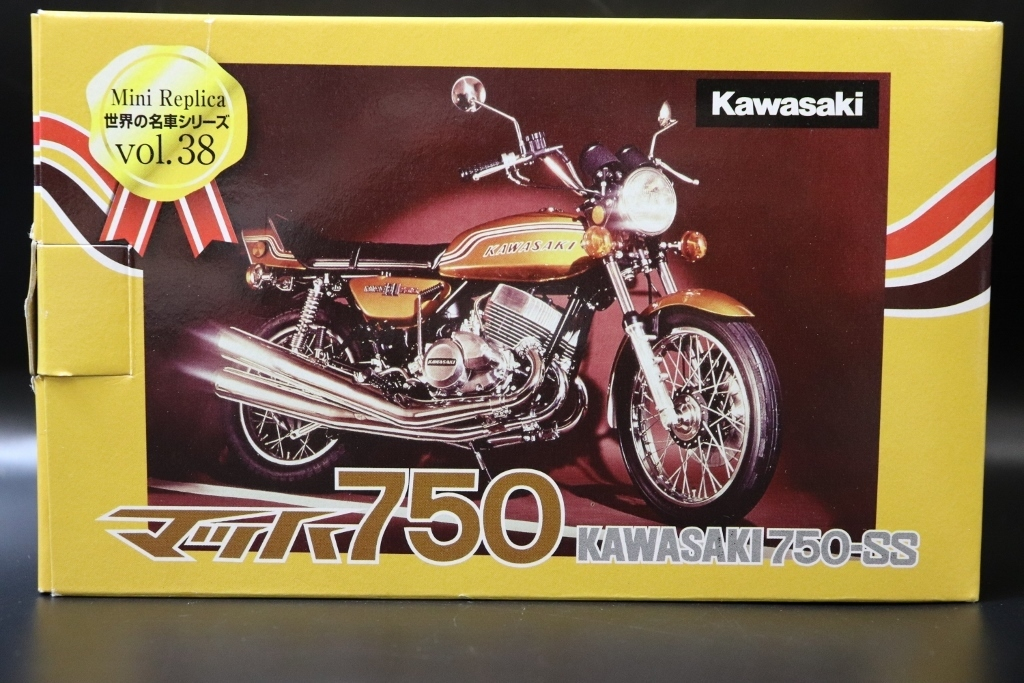 Kawasaki/カワサキ マッハ750 750-SS 世界の名車シリーズvol.38 レッドバロン 車 模型 フィギュア_画像2