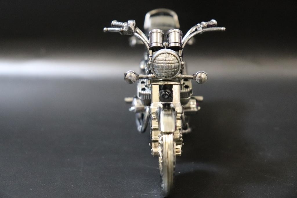 Kawasaki/カワサキ マッハ750 750-SS 世界の名車シリーズvol.38 レッドバロン 車 模型 フィギュア_画像6