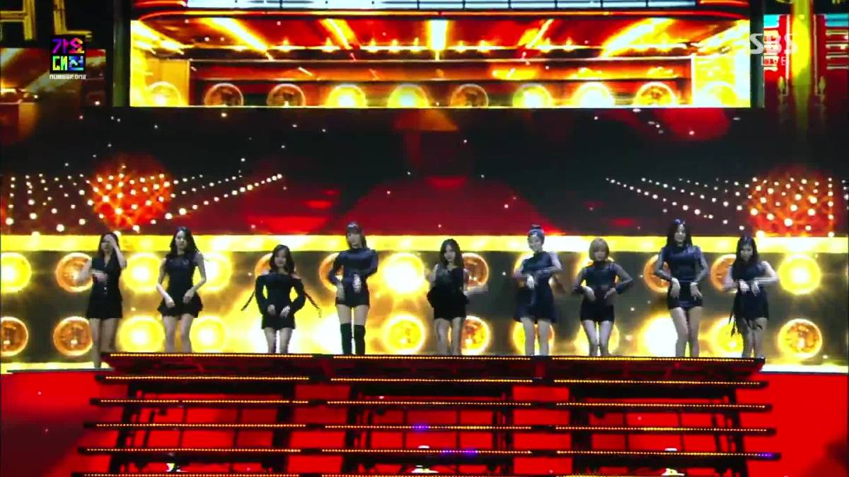 TWICE ★AWARDS LIVE COLLECTION DVD 2016 - 2018 チャプター45_画像5