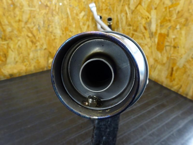 【210528】CBR250RR(MC51)◇ 社外フルエキマフラー エキパイ アクラボビッチ AKRAPOVIC サイレンサー LCI マフラーステー WR's 【ABS付き_画像9