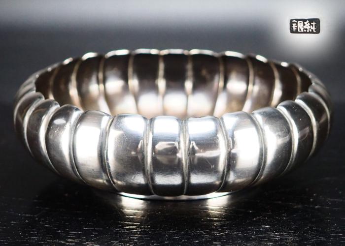 【治】純銀製 菊割形菓子盆☆銀重169g 平建水 茶道具 CE782