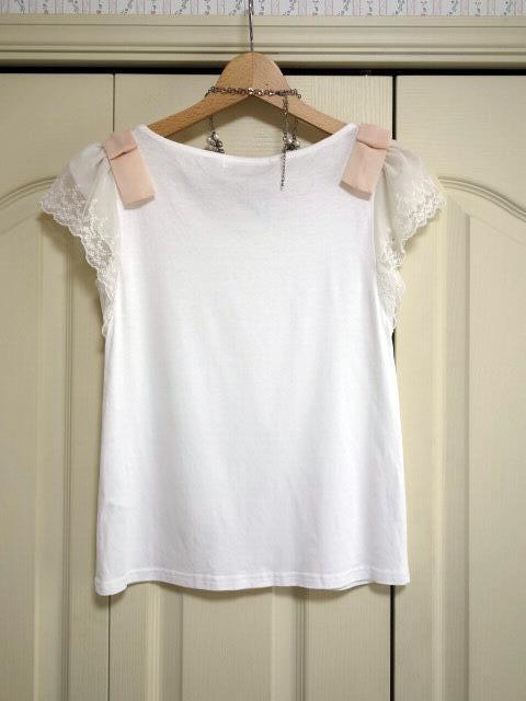 クチュールブローチ Couture Brooch ★可愛いピンクの肩リボン カットソー★白/ホワイト色★サイズ36★Tシャツ★袖レース_画像5
