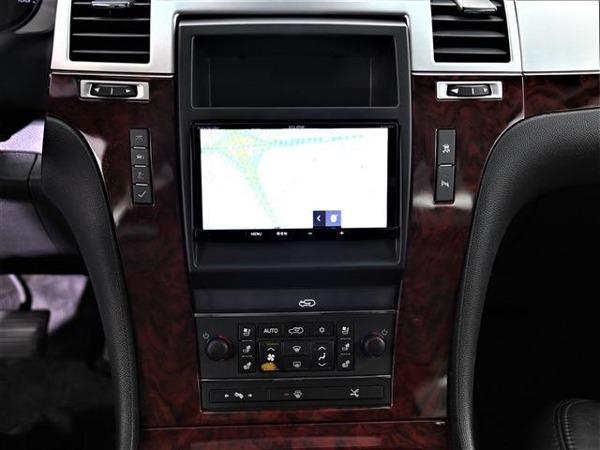 「エスカレードEXT 6.2 4WD サンルーフ 社外ナビ 1ナンバー ETC」の画像3