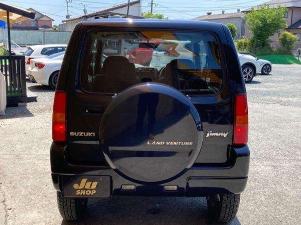 「ジムニー 660 ランドベンチャー 4WD ワンオーナー車 社外ナビ 背面ハードカバー」の画像3
