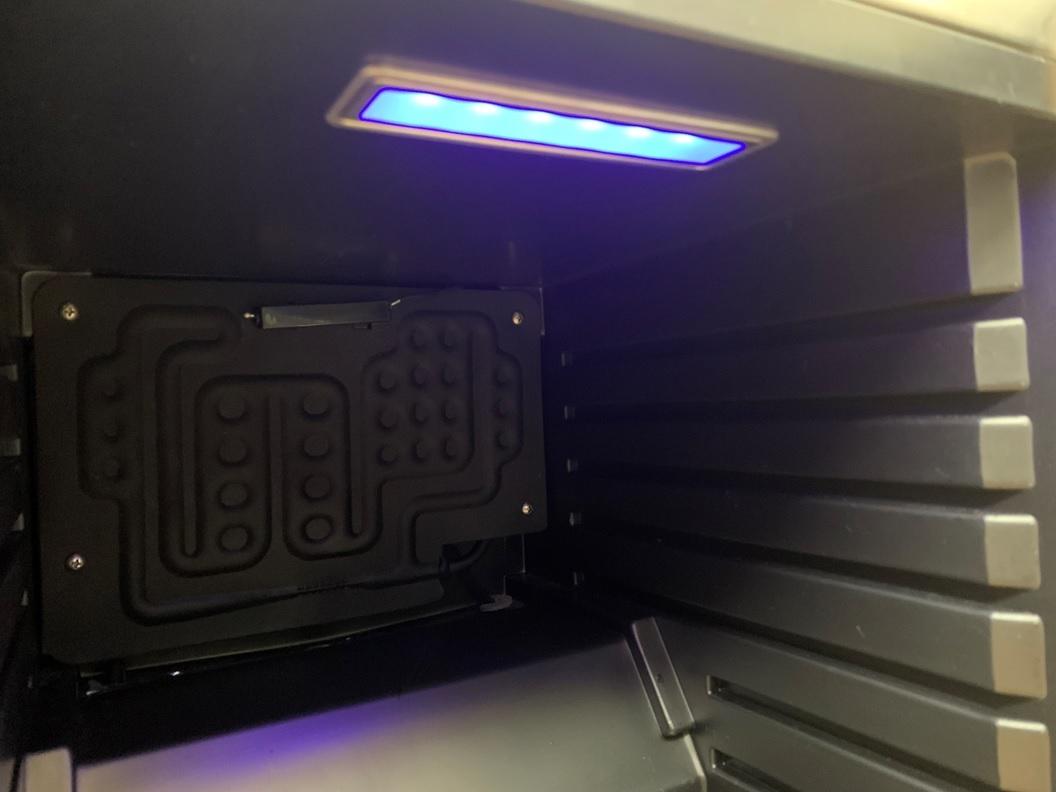 EAST ノンフロン電気冷蔵庫 MR-ST23 右開き 23L テンレス ガラス 冷蔵庫 小型冷蔵庫 ミニ冷蔵庫 アズマ _画像7