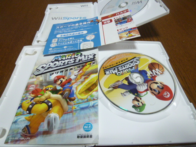 R2【即日配送 送料無料 動作確認済】Wiiソフト Wiiスポーツ マリオスポーツミックス