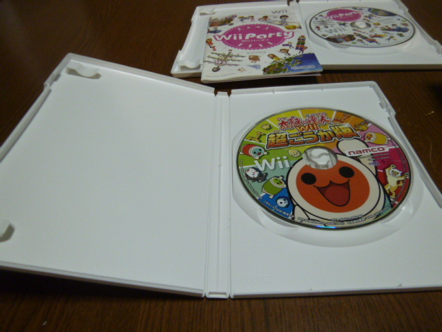 R23【即日配送 送料無料 動作確認済】Wiiソフト 太鼓の達人 超ごうか版 Wiiパーティー