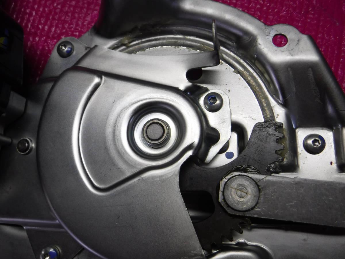 レクサス RX GYL15W パワーバックドア イージークローザー モーター_パワーバックドアモーターです。