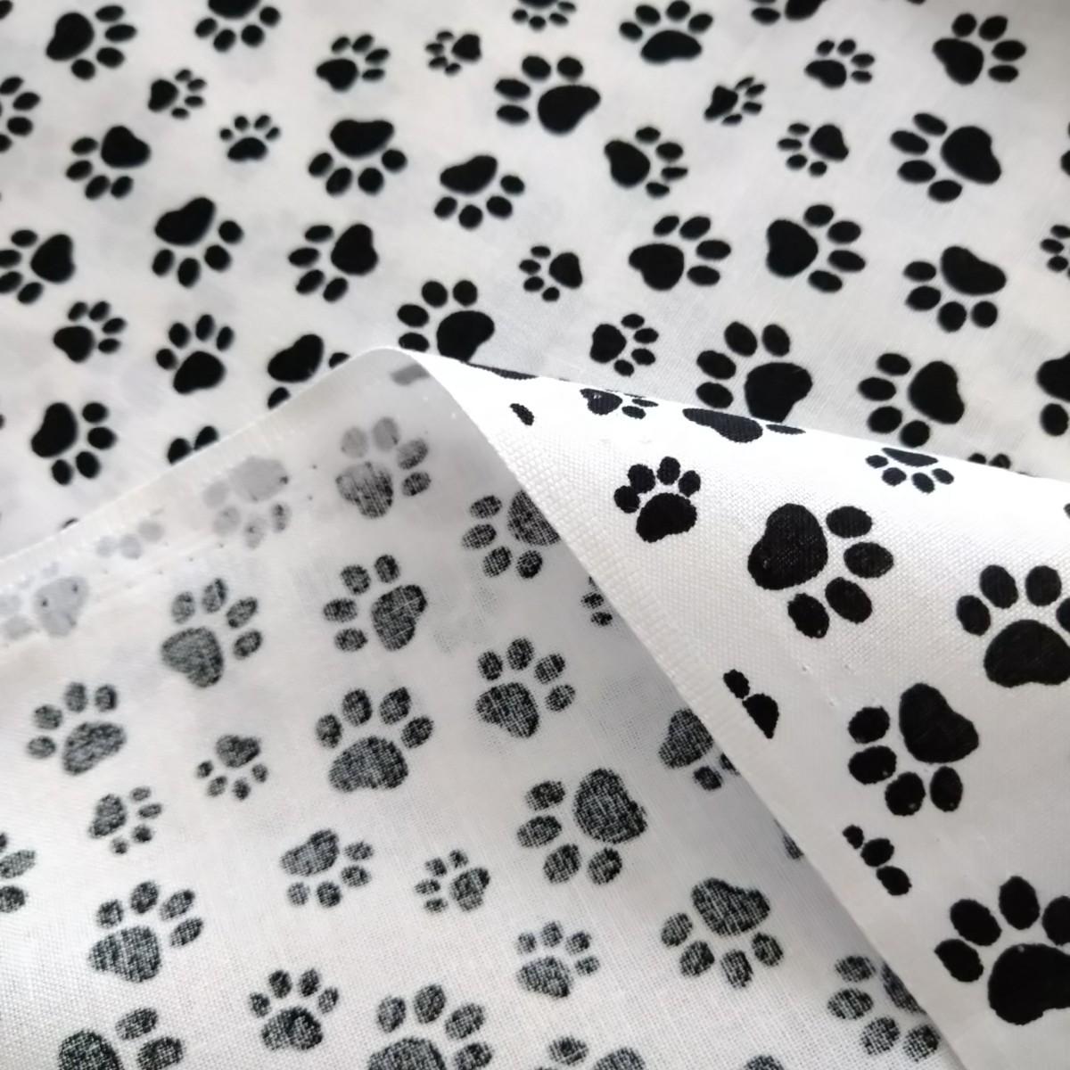 白黒 ネコ 足あと 肉球柄 生地 はぎれ ハギレ