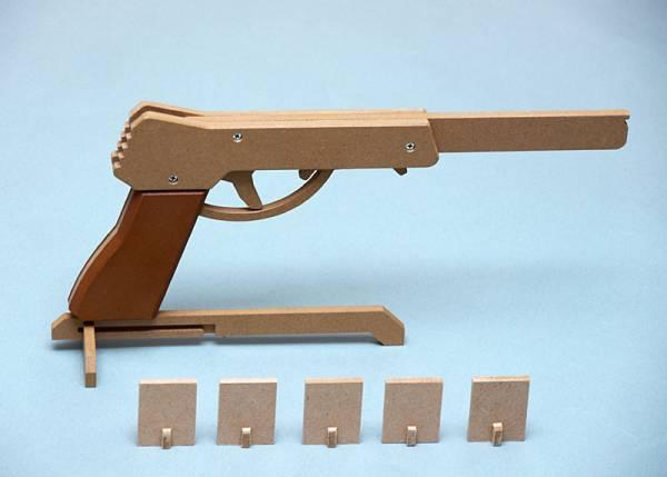 【輪ゴム銃の工作キット】セミオート4連射式 #OGG CRAFT P307kit ★送料無料_組み立て完成例です