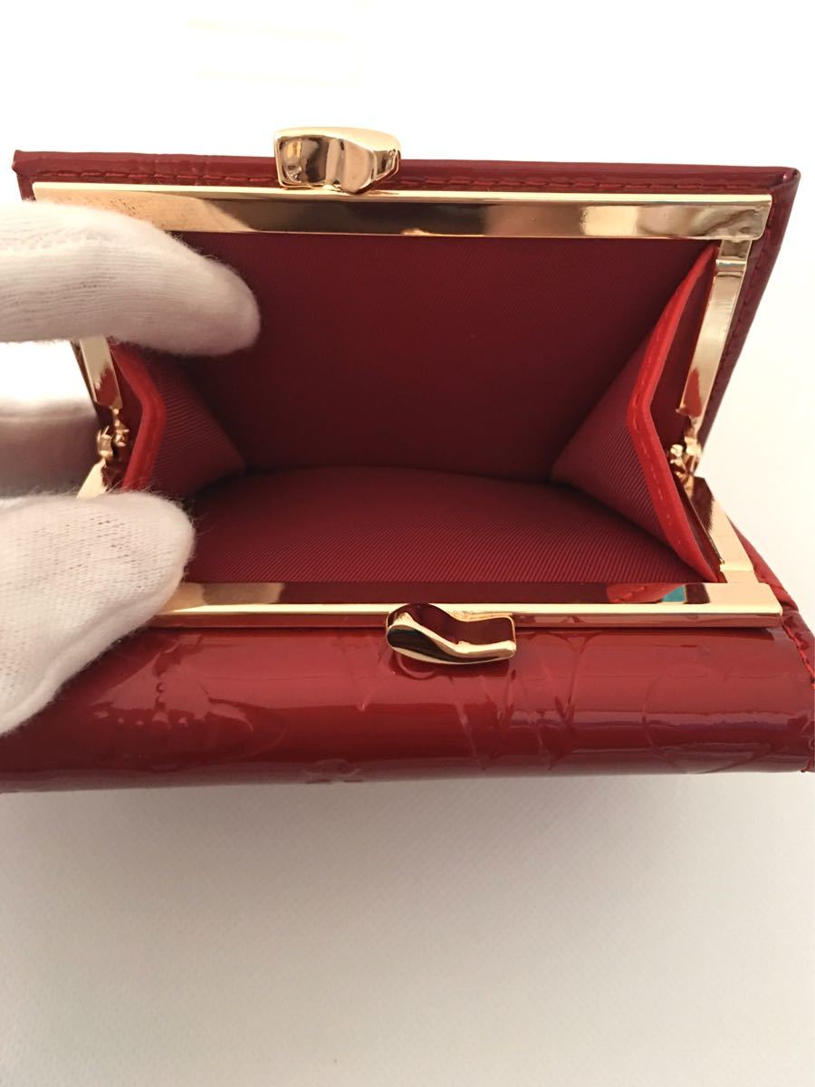 Vivienne Westwood  ヴィヴィアンウエストウッド 三つ折り財布 エナメル レッド