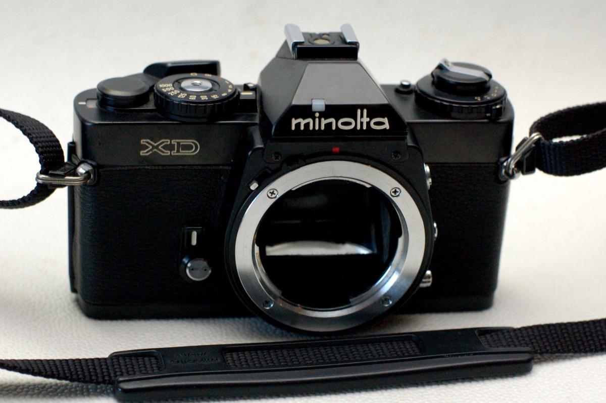 MINOLTA ミノルタ 昔の高級一眼レフカメラ XD黒ボディ 希少・作動品(腐食無し)