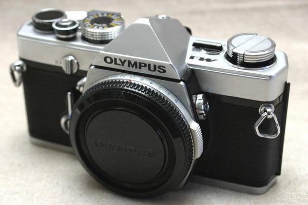 OLYMPUS オリンパス 希少な高級一眼レフカメラ M-1 ボディ 本物・綺麗・希少品(訳有)