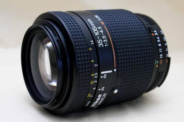 Nikon ニコン純正 NIKKOR 35-105mm オートフォーカス高級ズームレンズ (MACRO) 作動品
