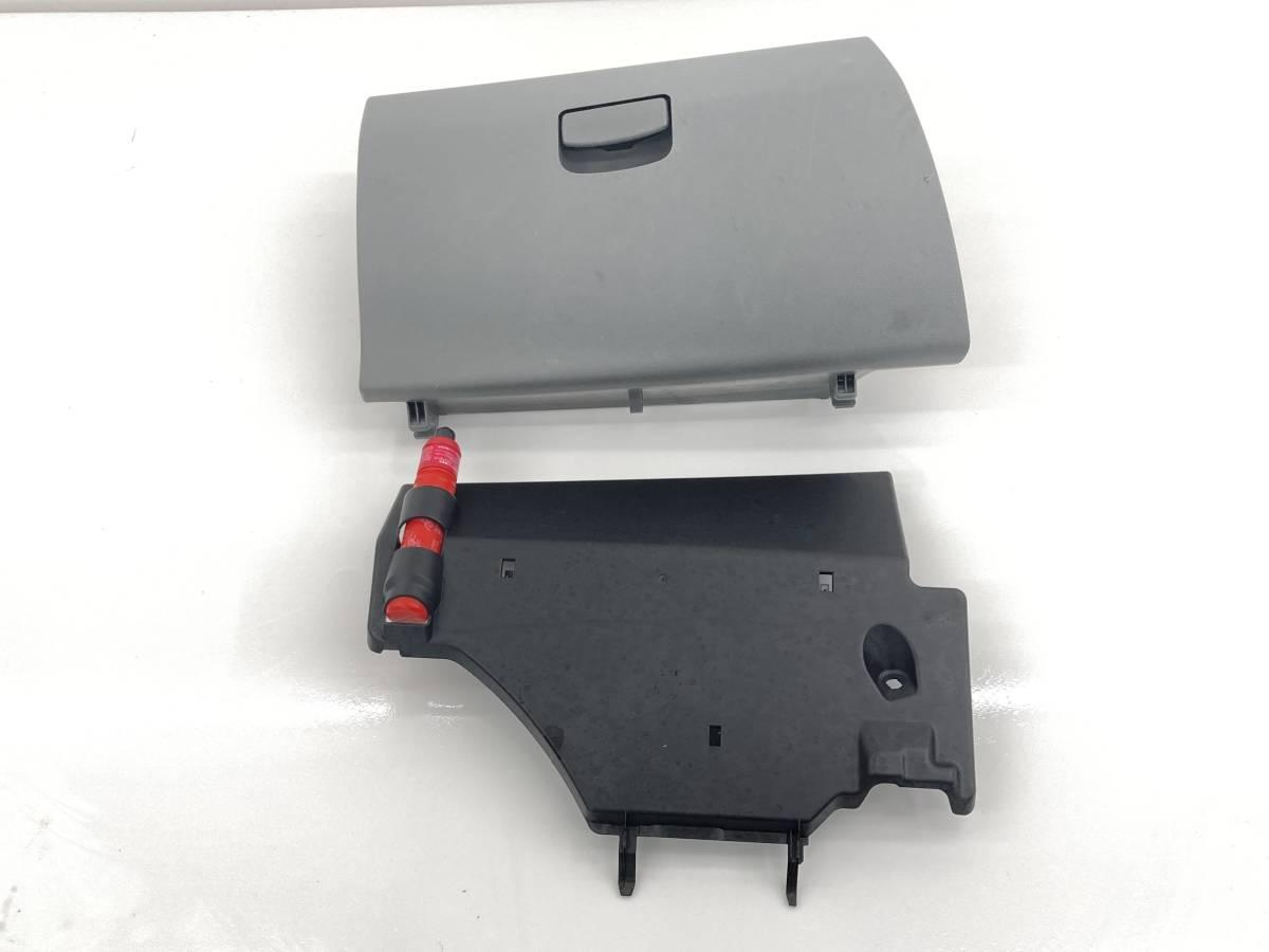 _b60195 ダイハツ ムーヴ ムーブ L DBA-L175S グローブボックス 助手席側 トリム カバー 内装 55550-B2130 / 55606-B2100 FD10 L185S_画像1