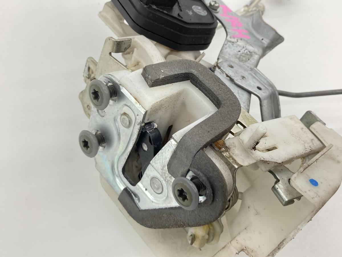 _b61506 アルトラパン ターボ TA-HE21S ドアロックアクチュエーター ワイヤー付き リア リヤ 右 R/RH マツダ スピアーノ HF21S_画像2