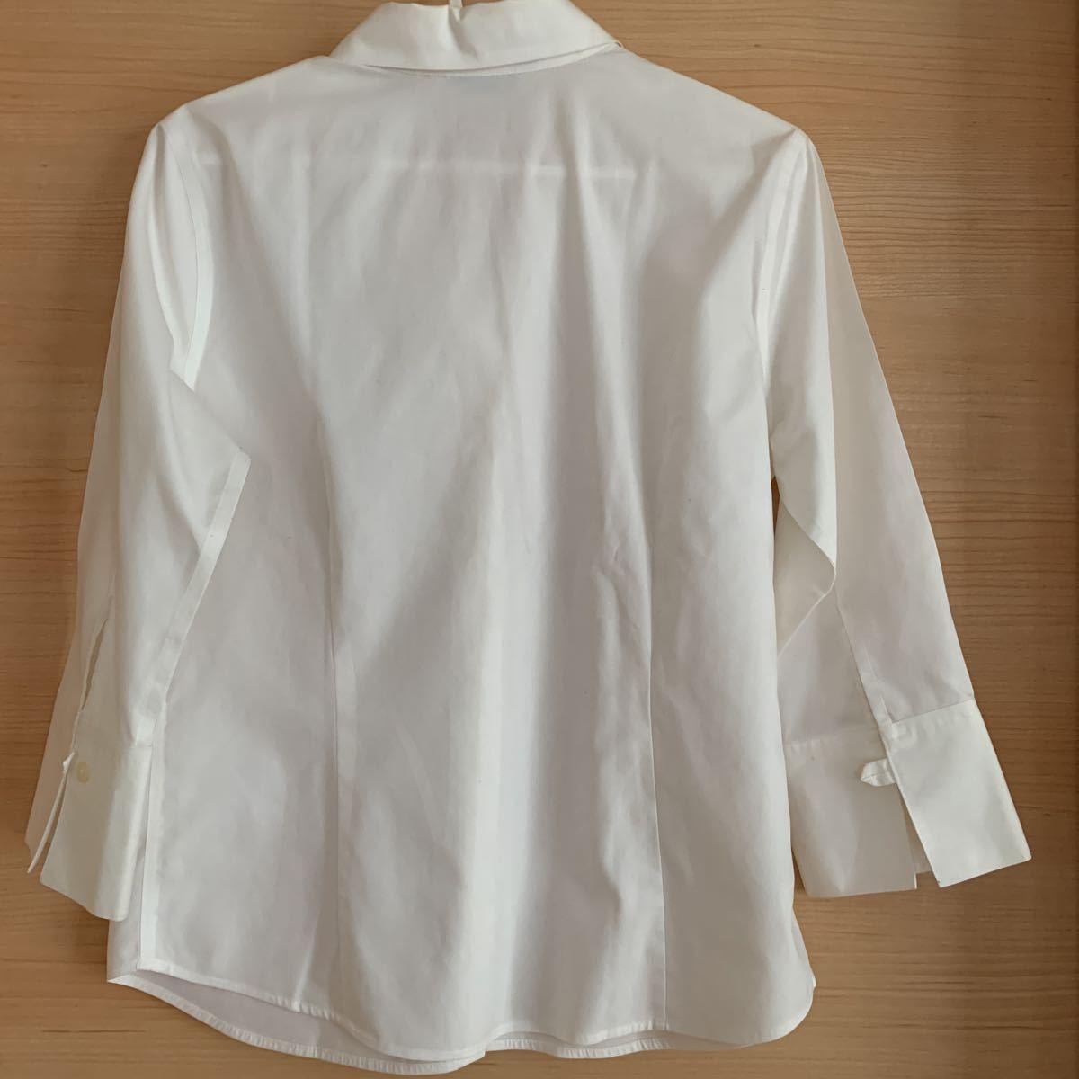 美品Eddie Bauerエディーバウアー白シャツ Sサイズ 7分丈 コットン100% 予備ボタン1個あり 冠婚葬祭 発表会